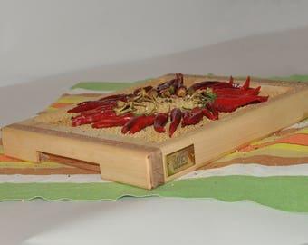Cutting board for chops