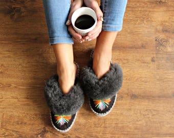 Women LEATHER slippers SHEEPSKIN moccasins natural handmade