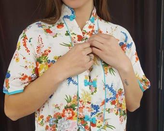 1960s Floral Blouse, 1960s Vintage Button Blouse, Vintage Floral Shirt, Hand Printed in Japan, Vintage Floral Blouse, Spring Floral Blouse