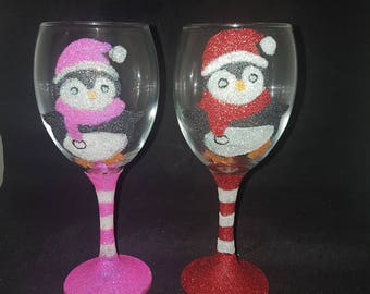 penguin glitter glasses, penguin glasses, glitter glasses, glitter penguins, Christmas gift, stocking fillers, glassware, novelty gifts