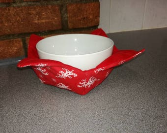Reversible  soup bowl cosy