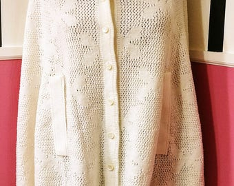 Knitted White Cape, Size L