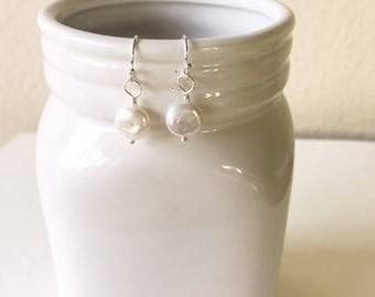 Pearl coin earrings, dainty earring,gift for her,birthday gift,sterling silver earrings,sterling silver earrings,Coin pearl earrings