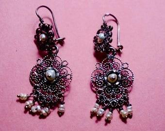 Handmade silver filigree earring