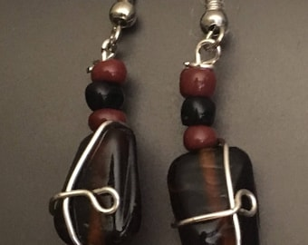 subtle and classy brown stone with wrap