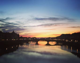 0(Fire)enze, sunset over Ponte Vecchio, Florence, Italy