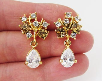 Gold Wedding Earrings, Small FloralGold Earrings, Earrings for Wedding, Wedding Jewellery, Jewelry for Bride, Crystal Earrings