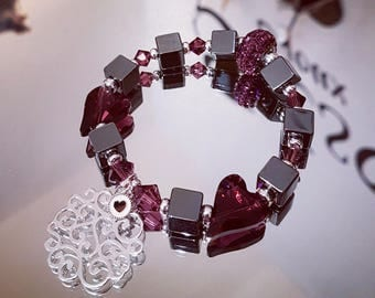 Bracelet semi-precious stones in Hematite cubes with Swarovski Crystal and pearls and 925 Sterling Silver Pendant