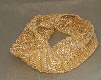 Gold and yellow knit scarf