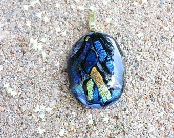 Dichroic glass, dichroich pendant, dichroic necklace, dichroic glass pendant, dichroic glass necklace, fused glass, fused glass jewelry