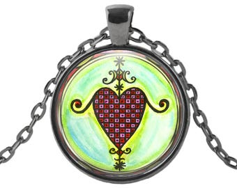 "Erzulie Dantor Veve  Lwa for Protection & Vindication Love Voodoo Glass Talisman Necklace Pendant in 1"" Round  2"" Huge Oval"