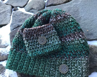 Chunky Crochet Beanie with Matching Coffee Cozy and Clock Buttons