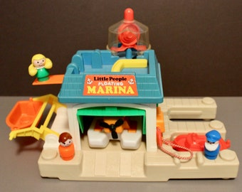 Vintage Fisher Price Little People #2582 Floating Marina with 2 Boats and Sea Plane