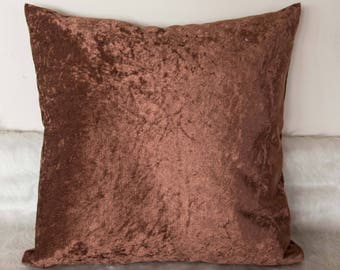 Brown velvet throw pillow cover / Brown decorative pillow case / Accent pillow cover / Velvet pillow / Modern home decor / Brown trow pillow
