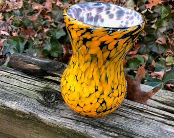 Yellow/Blue/white hour glass vase