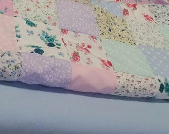 Patchwork Quilt - Floral Pastel Blanket: Patterns, Multi-Colour, Throw, Bed Cover, Pink, Purple, Blue, Green, Squares