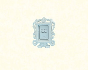 "2.5""x1.75"" White Place Card Frame"