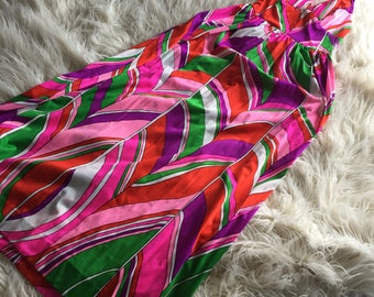 Groovy Vintage 1970s Dress
