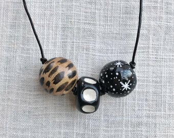 Chunky Beaded necklace, star, black and white, wood