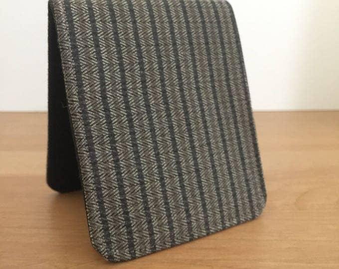 Mens BiFold Wallet / Slim Minimalist Wallet / Vegan Brown Herringbone