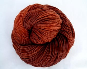 VINTAGE COPPER, ultra soft hand painted merino yarn, superwash merino yarn, hand dyed merino yarn, 16 micron, fingering weight yarn, 400yds