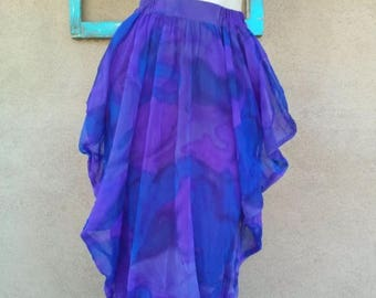 ON SALE Vintage 1980s Skirt 80s Tulip Skirt Mod Purple Watercolor W24-28 Up to Us 8