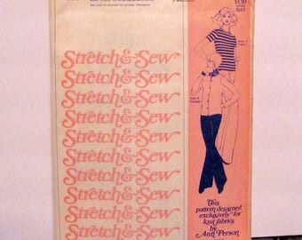 Stretch and Sew Misses' T-Shirt and Cardigan Pattern 300