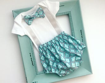 Baby boys bow tie and suspenders OUTFIT - grey and aqua diaper cover and biw tie with suspenders onesie  .. new baby--