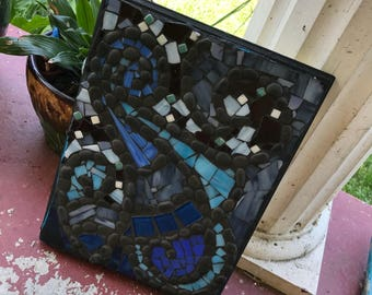 Face the Waves Stained Glass Mosaic Wall Decor