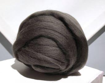 Warm Grey Merino Roving, grey wool roving, Felting Wool, Spinning Fiber, gray grey, medium grey, gray roving, w 3 fre