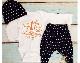 Halloween, Halloween costume, Layette, Baby Girl, newborn girl, Baby shower gift, newborn gift, first Halloween, coming home outfit