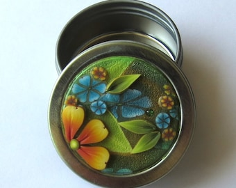 SMALL 1/2 oz Twist Top Tin Sewing Needle Case Round Notions Box Polymer Clay Covered Jewelry or Accessory Tin