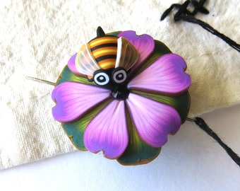 Bumble Bee on a Pink Flower Needle Minder Magnetic Sewing Needle Notions