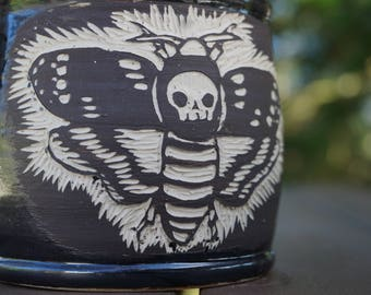 Deathshead Hawkmoth sgrafitto Coffee Mug