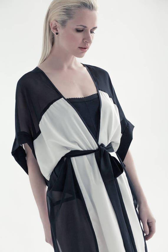 Kimono robe, luxury Kimono, Bridesmaid Robes, perfect gift.