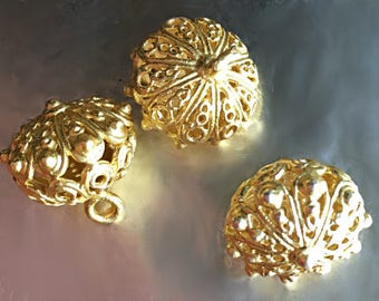 Gold Finish Pendant, Button, Florentine, Scrollwork, Beading, Jewelry Making, Tailoring, Knitting, Crochet, Cape, Drapes, Hat