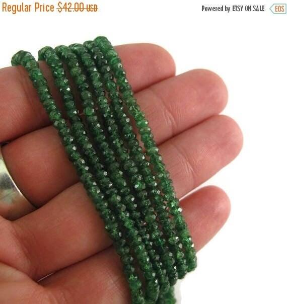 SALE 50% off - Green Tsavorite Garnet Beads, Gemstone Rondelles, Nine (9) Inch Strand of Graduated 2.5mm - 3.5mm Rondelle Beads (R-Tsa3b)