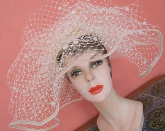 Ivory Marzi Firenze Italy Flocked Mesh Hat Feather Butterfly  Bridal Wedding Derby Church Easter