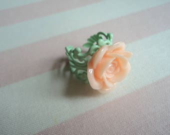 Pinky Peach Rose Ring size 6 1/2