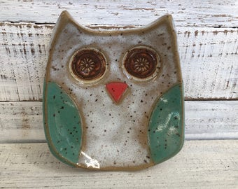 Ceramic Owl Bowl- Owl dish -Owl Bowl- Jewelry Holder - Original - Jewelry Dish- Spoon Rest- Soap Dish- Trinkets- Holiday Gift- owl pottery