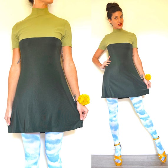 Vintage 90s does 60s Mod Style Forest and Avocado Green Color Blocked Mini Dress (size small, medium)