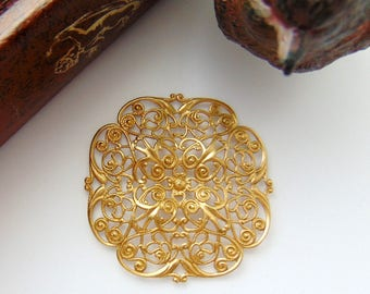 BRASS * Embellishment Openwork Dapt Filigree Stamping ~ Jewelry Findings ~ Raw Brass Stamping (CB-3053)