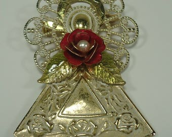 Gold Tone Angel With Red Rose Pin / Brooch From Kenneth Cole, Angelic, Roses, Flower, Floral, Flowers, Wings