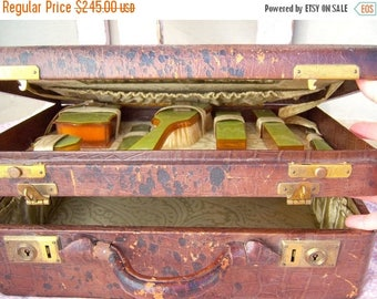 30% MOVING SALE Antique boudoir set / Alligator leather train case / Victorian vanity set / 1910-1920 celuloid traveling case /beveled mirro