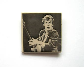Vintage Bruce Springsteen Button - 1970s - Collectors item, Badge, Bruce Springsteen, The Boss, Square button, Photograph, Rock music button
