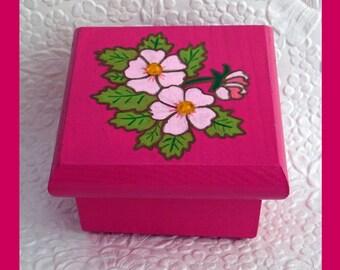 Rose Trinket Box, Jewelry Box, Jewelry Organizer, Hand Painted, wood Jewelry Box Handmade, Floral Design, Unique Gift, Keepsake Jewelry Box