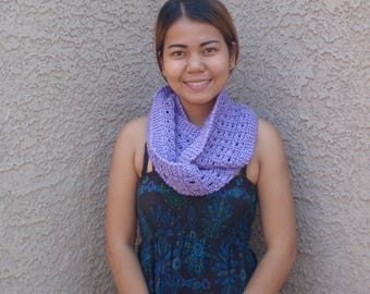 Lilac infinity scarf, hand knitted purple scarf, lavender scarf, winter, women, ski, gift, long, circle scarf, knitted cowl, warm, pretty