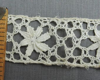 1-1/2 yards Lace Vintage Ivory Cotton Floral  1-3/4 inches wide, Antique 1900s
