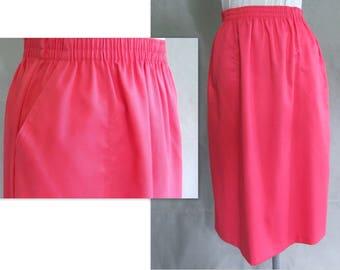 Summer Skirt, Flamingo, Shrimp Colored Basic Skirt, Womens Size 10 to 12, Medium