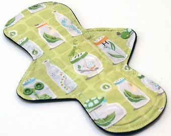 Reusable Cloth Menstrual pad -9 inch HEAVY flow -bamboo/cotton core - Windpro -  quilter's cotton top in Bug Jar